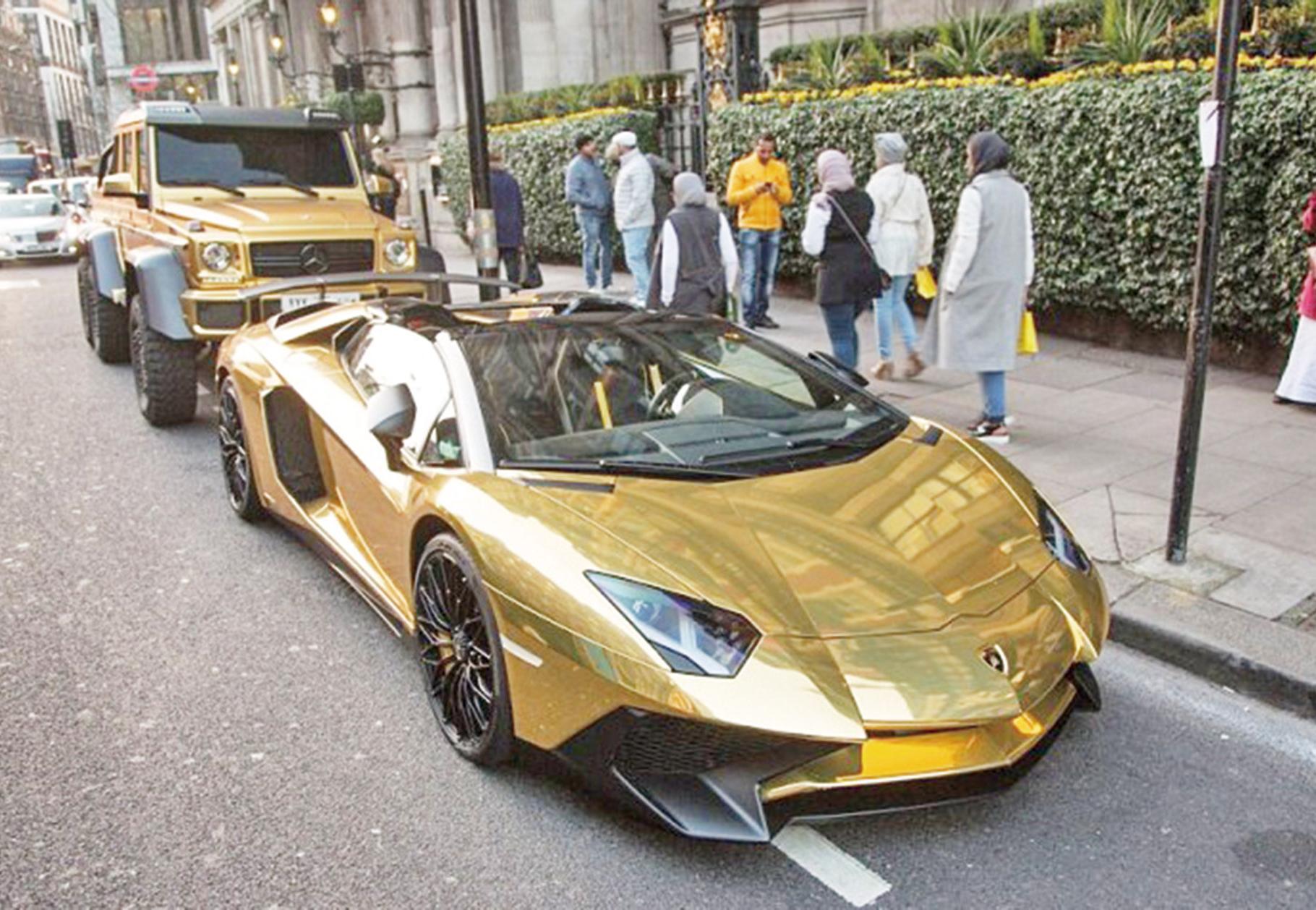 黃金超跑登陸倫敦