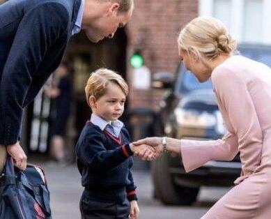 喬治王子開學第一日無扭計
