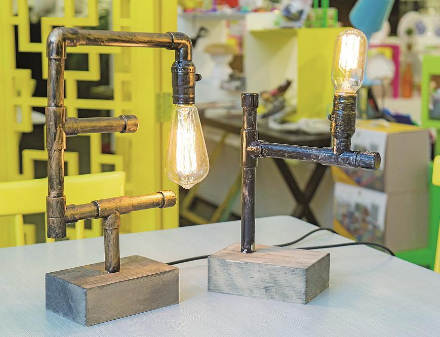 任性水管燈親手製