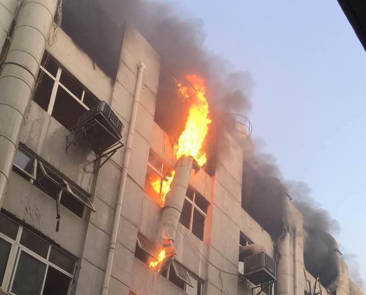 24人傷包括22名消防員