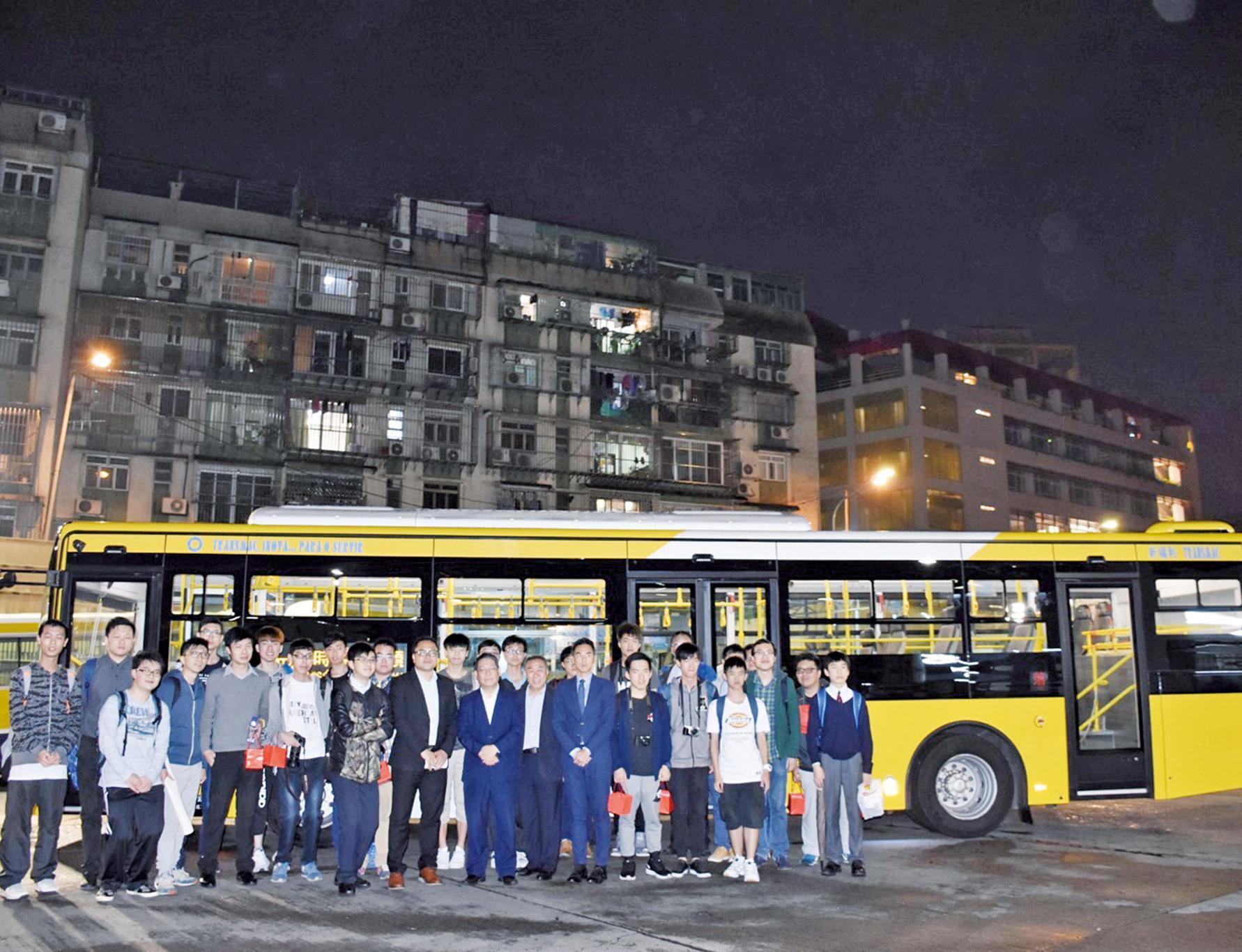 巴士迷參觀新三門大巴