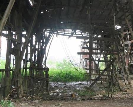 政府將清拆荔枝碗失修船廠