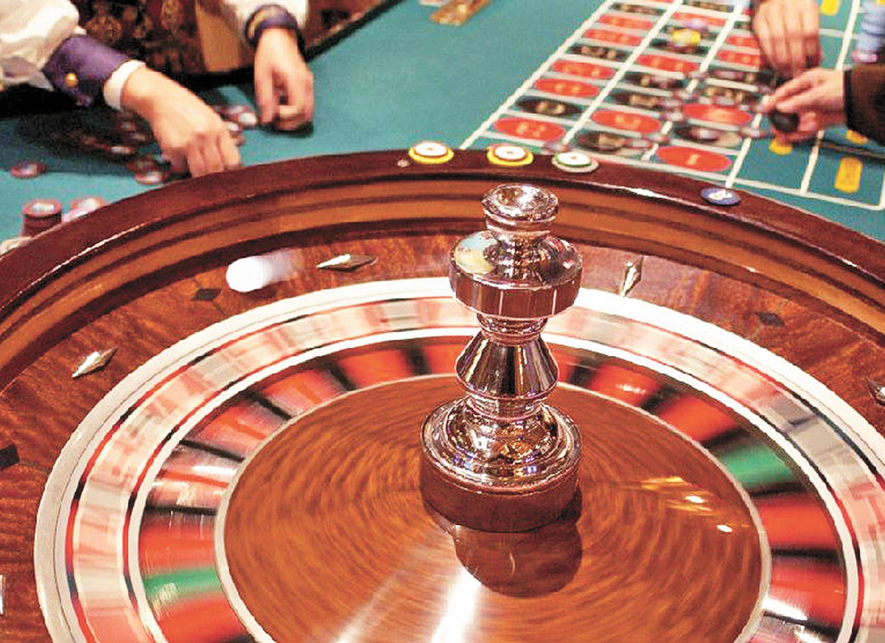 一小時偷賭場15萬元籌碼