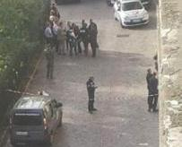 巴黎郊區汽車撞士兵六傷