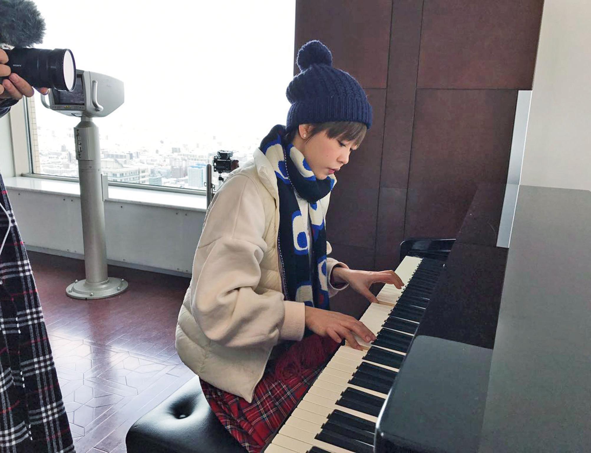 見鋼琴即技癢