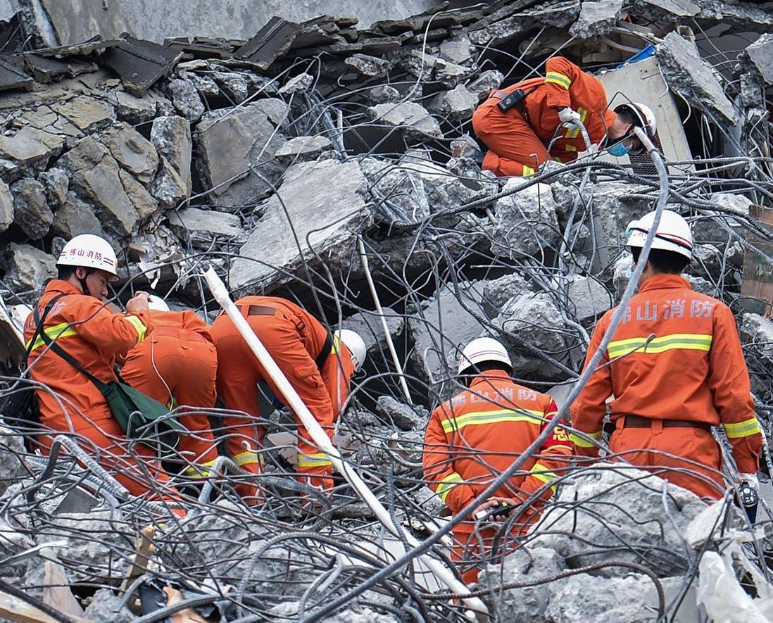 深圳山崩近百人仍被埋