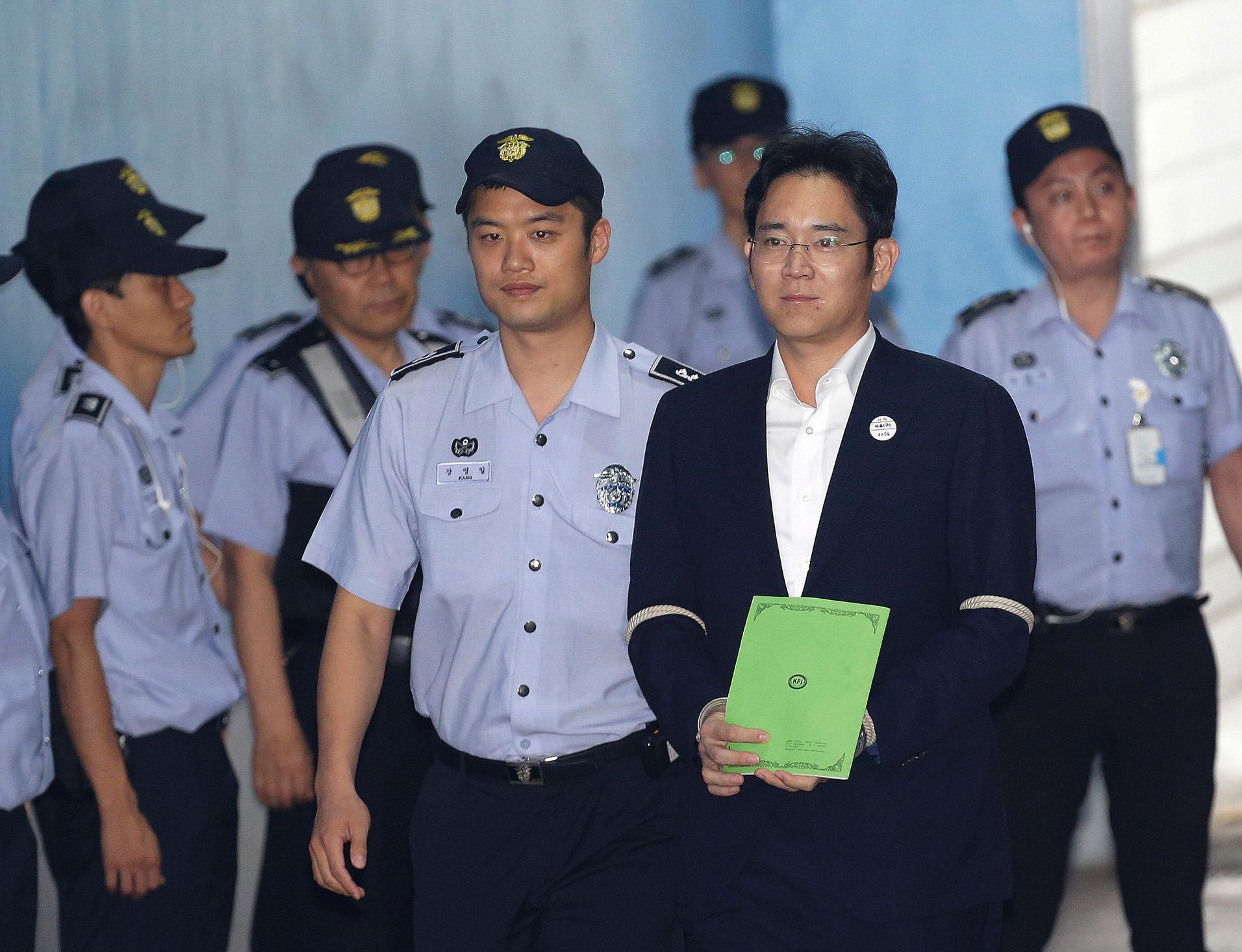 李在鎔被求刑12年