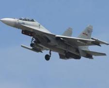 中美兩國軍機空中「過招」