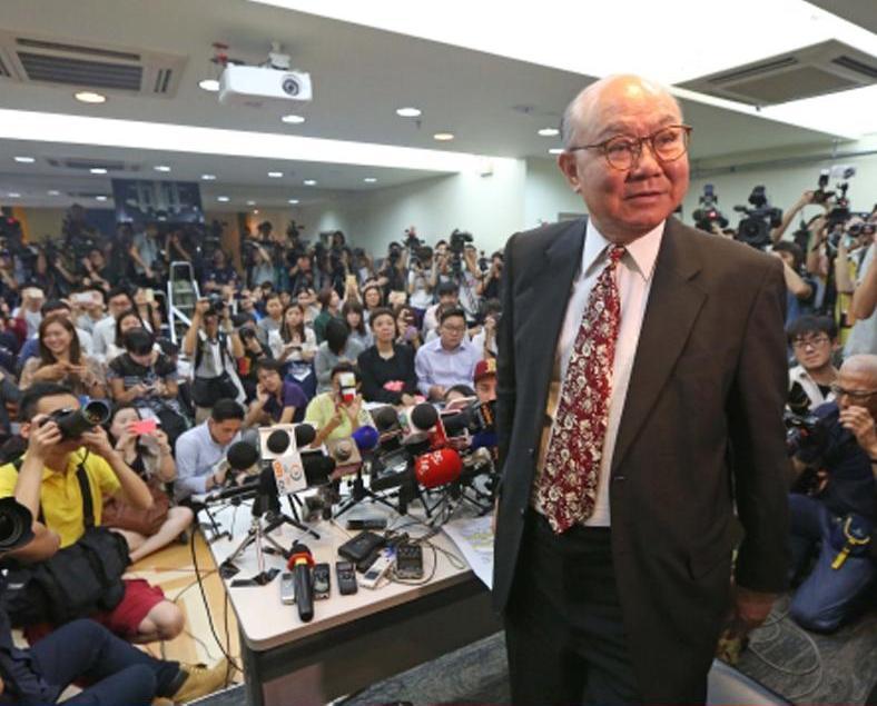 胡國興:有能力紓緩政黨間矛盾