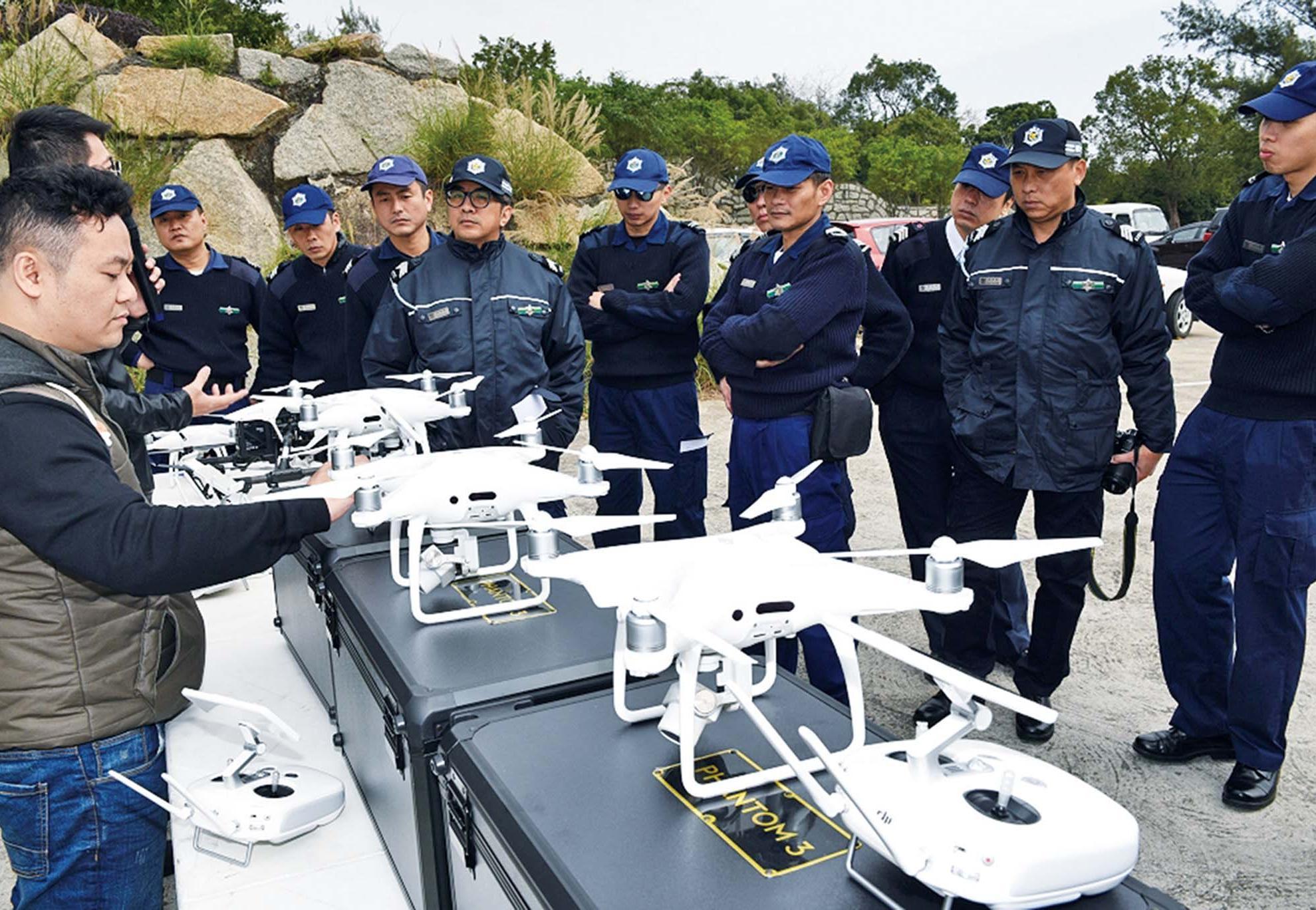 「無人機小隊」打擊偷渡活動