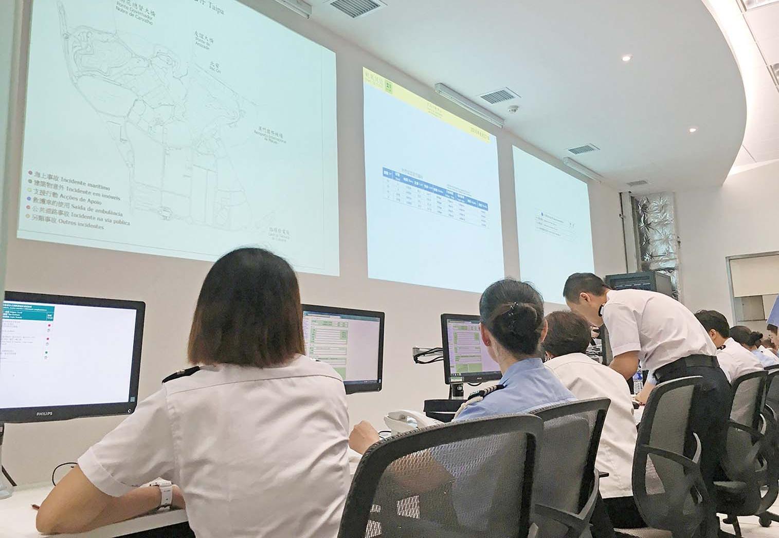 民防中心模擬八號風球襲澳