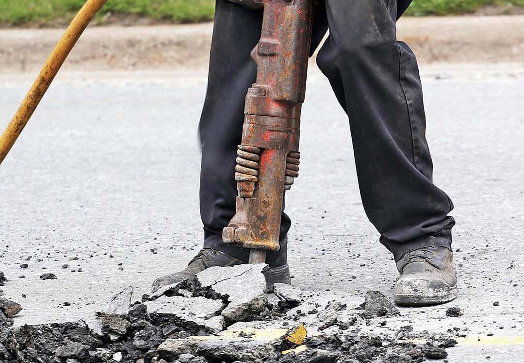 75項掘路工程開展