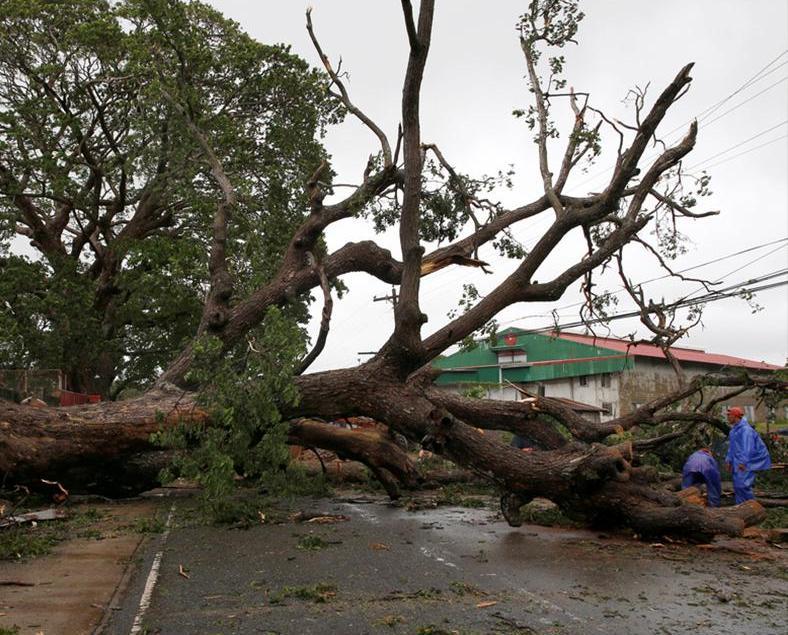 「海馬」吹襲菲國至少五死