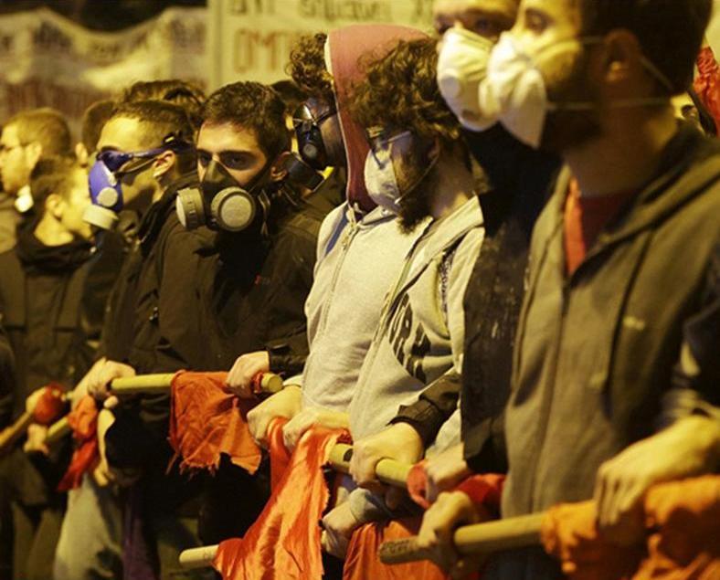 希臘示威爆衝突