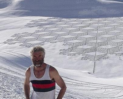 阿爾卑斯山 腳繪創意大作
