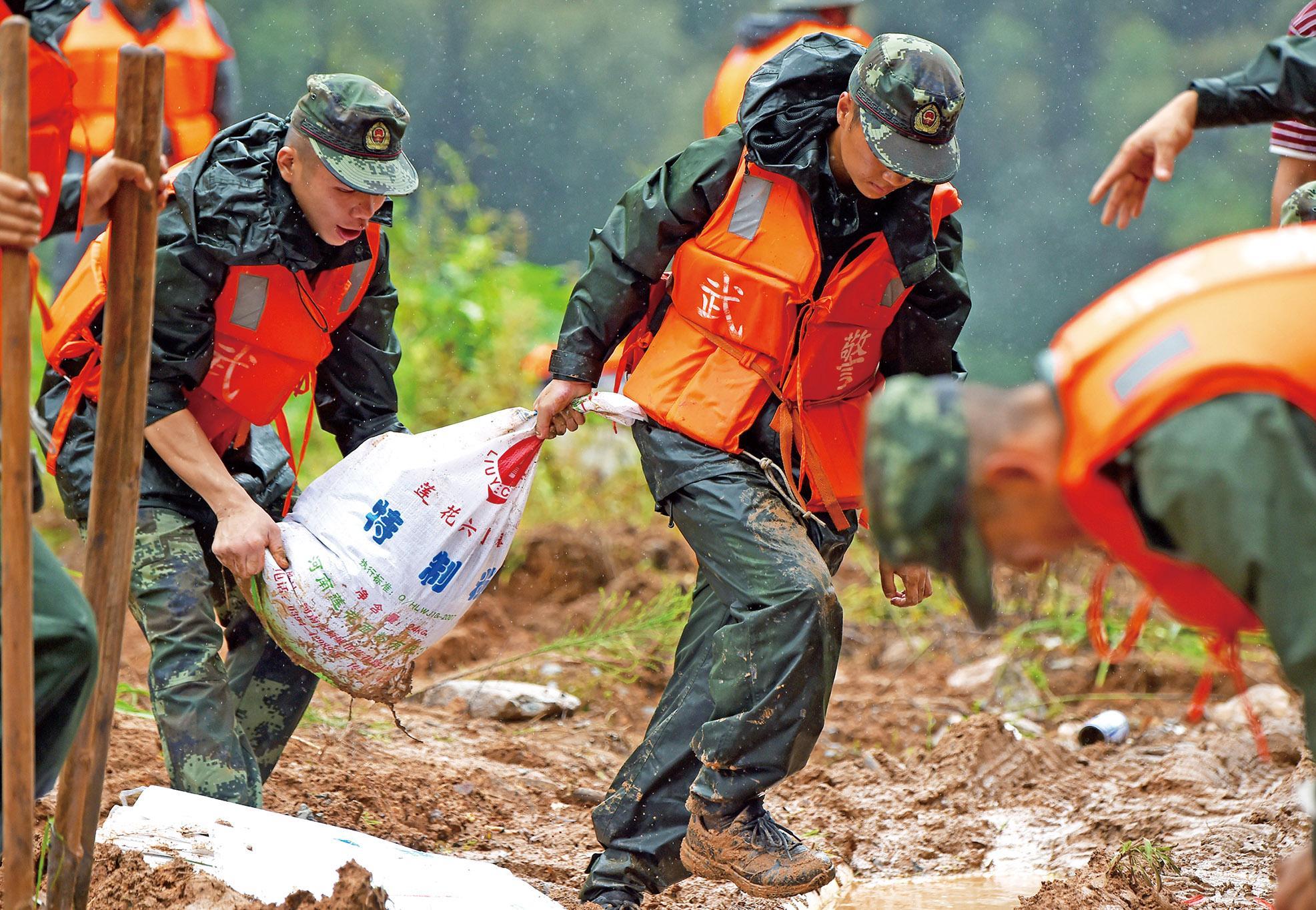 颱風「鮎魚」狂虐福建