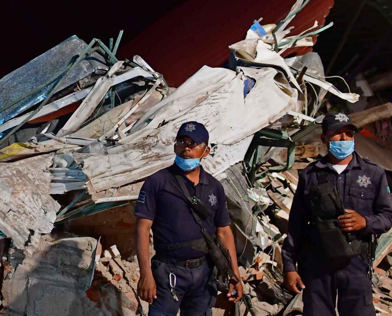 墨西哥增至67人死