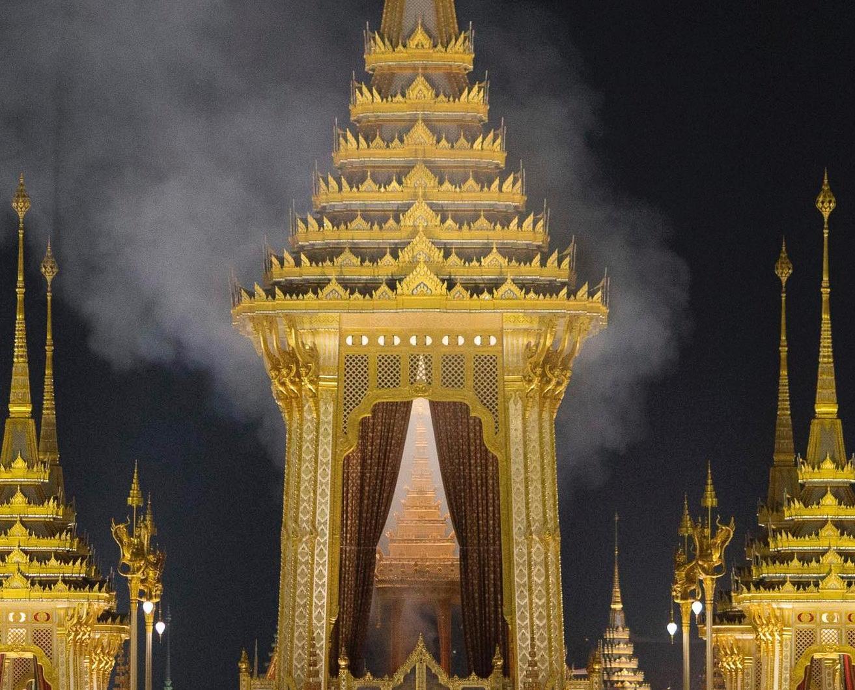 已故泰王普密蓬遺體已火化