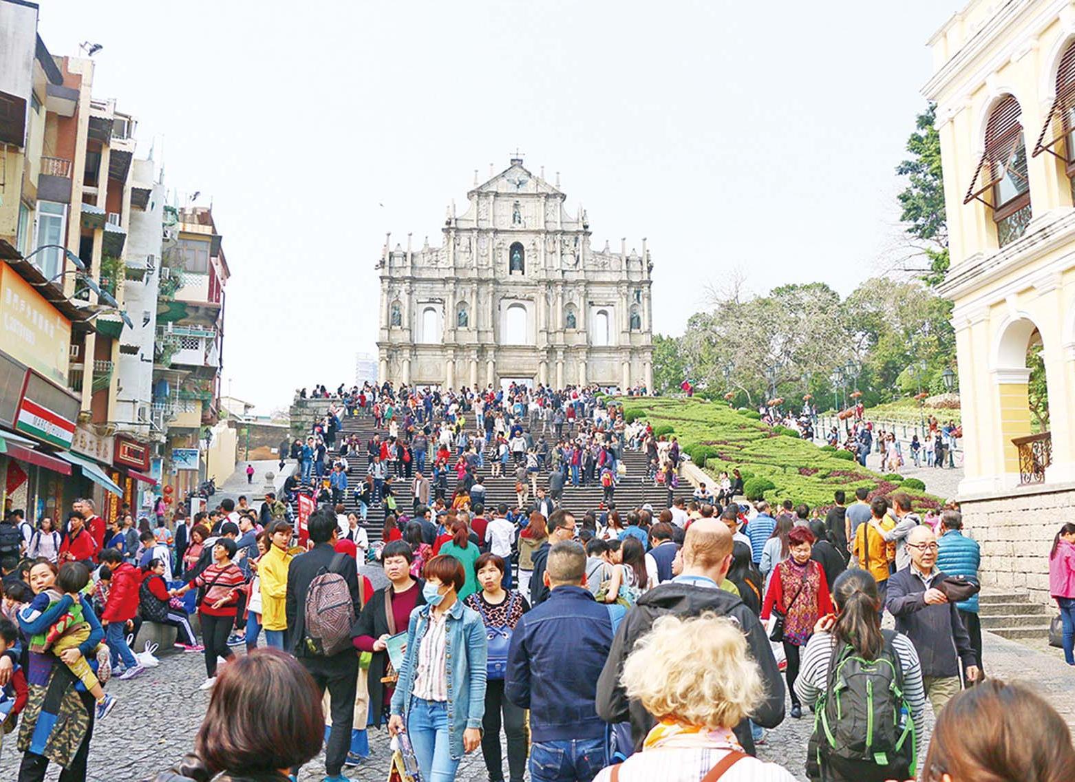 留宿旅客大幅增加14%