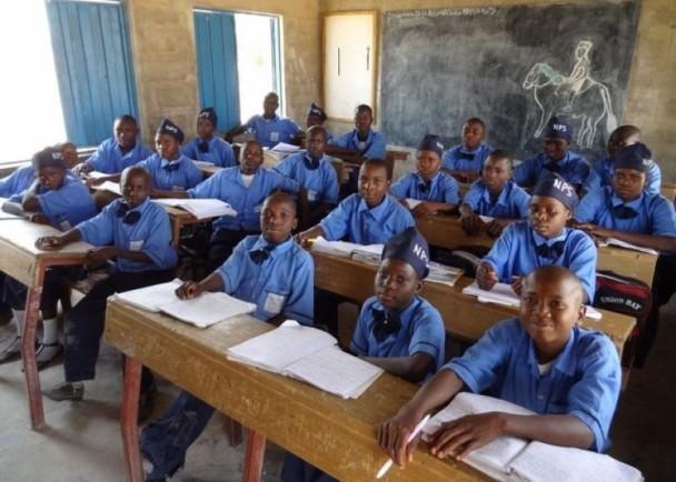 非六歲童試卷難倒兩萬教師