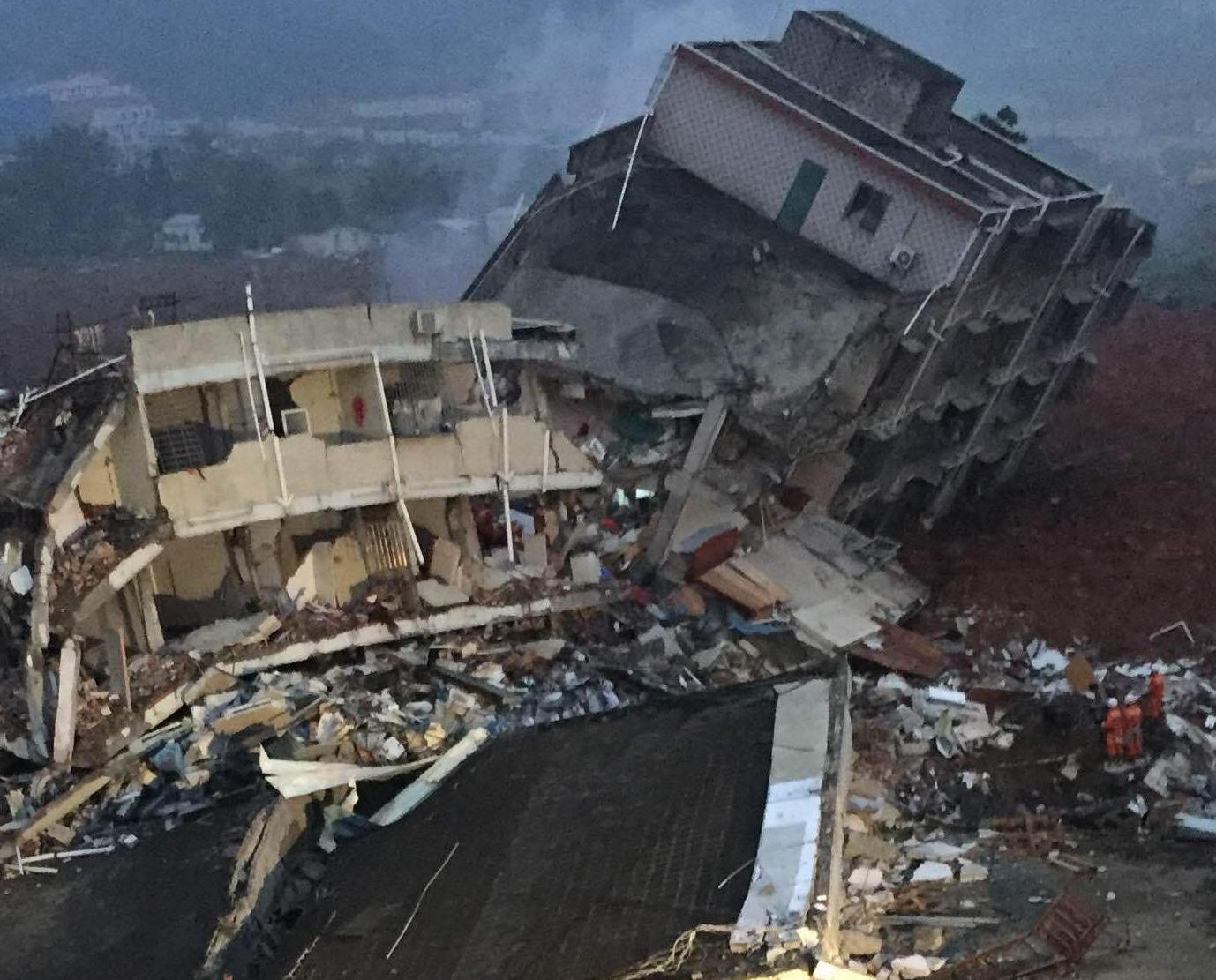 深圳山體滑坡 22人仍失聯