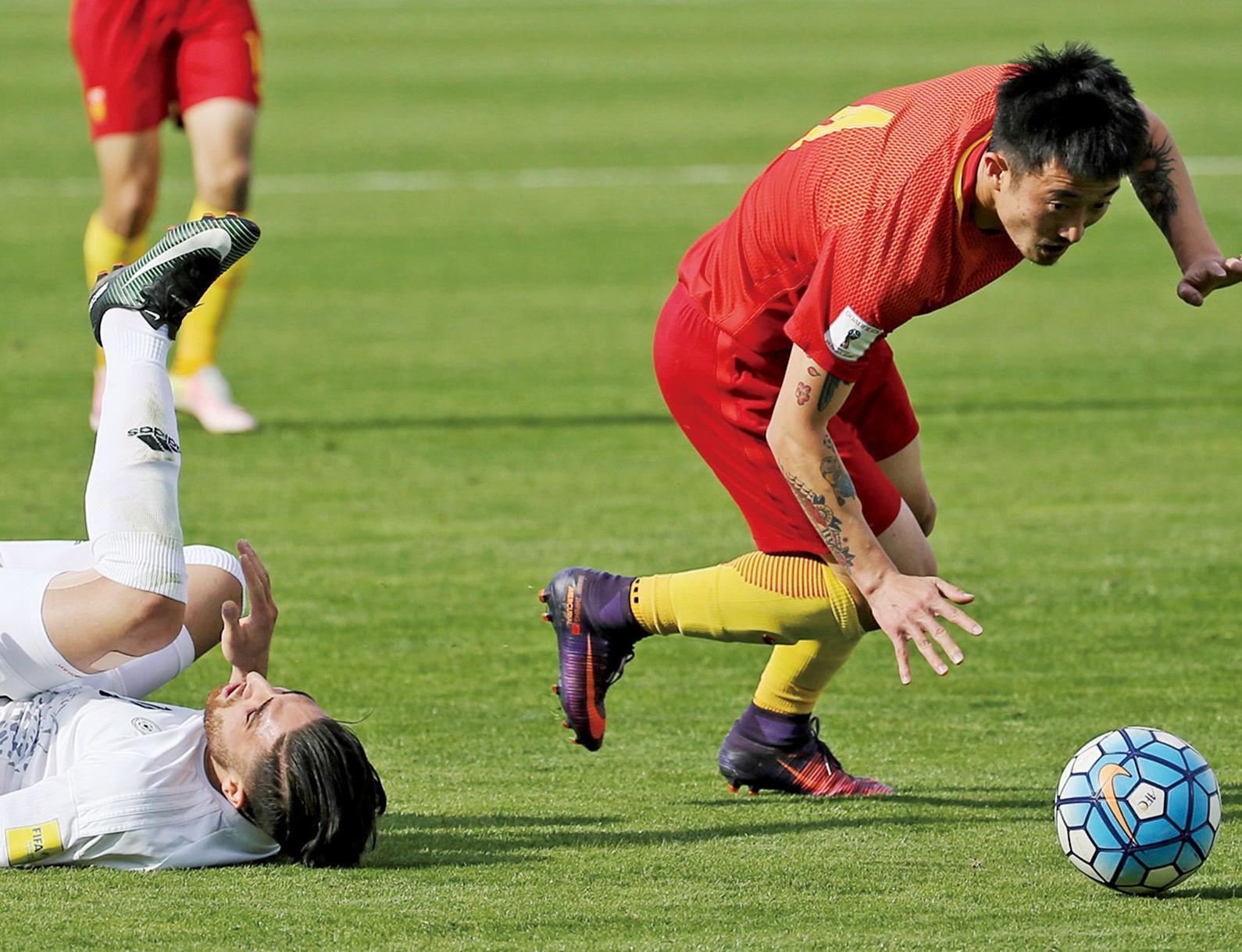 中國世盃外一球負伊朗
