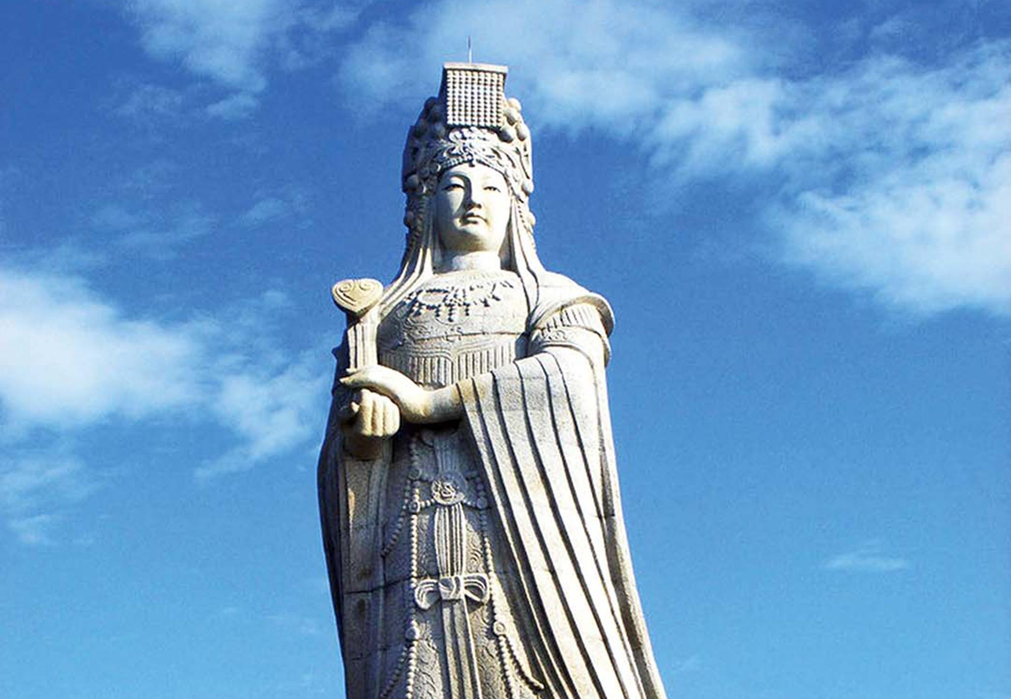 向海山門全毀媽祖雕像完好無缺