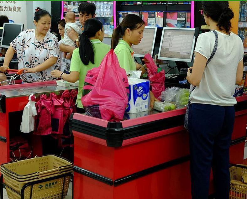 環保局:膠袋徵費爭取明年立法