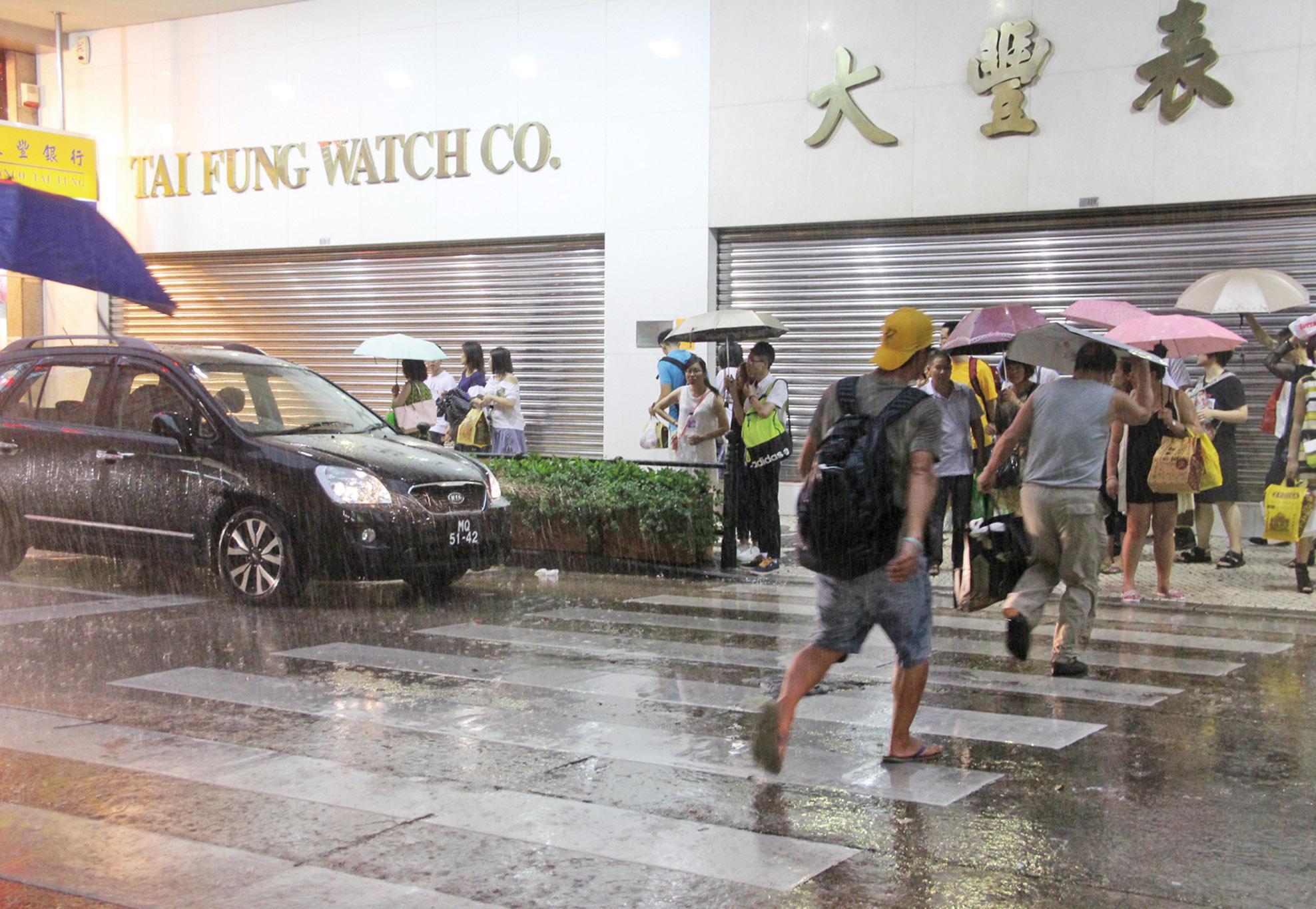 颱風「妮妲」今掠過本澳