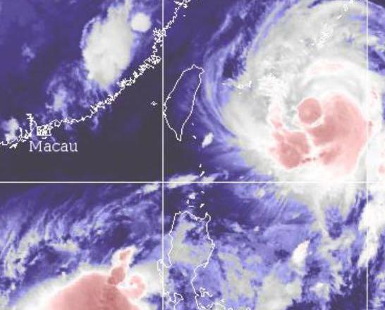 熱帶風暴「杜蘇芮」逐漸增強