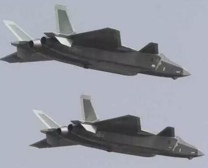 殲-20首亮相 邁進隱形戰機時代