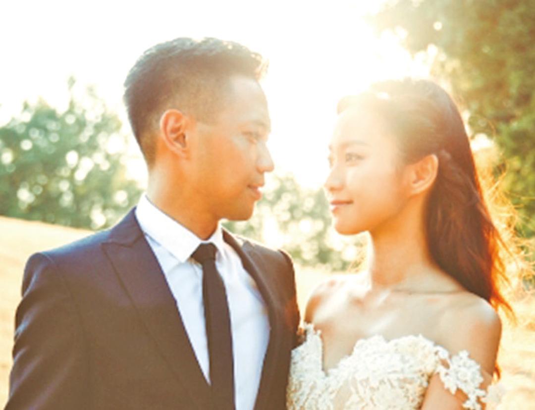 月尾舉行婚禮