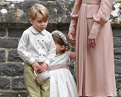 小王子做花童「扭計」被責