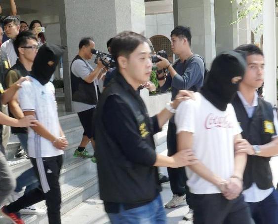 兩治安警涉受賄被捕