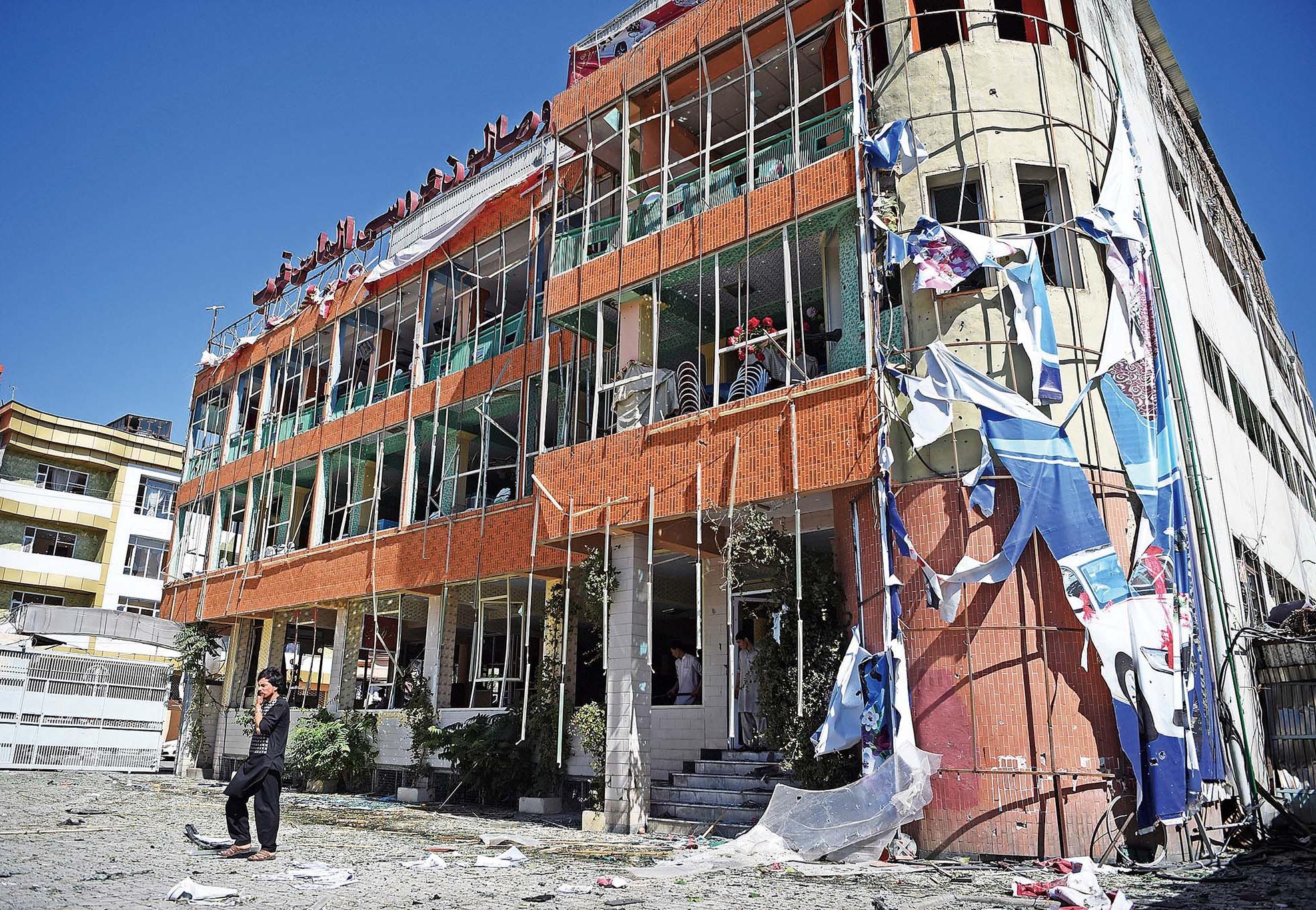 汽車炸彈襲喀布爾35死