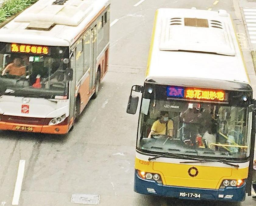 交通局:已要求巴士公司簡化