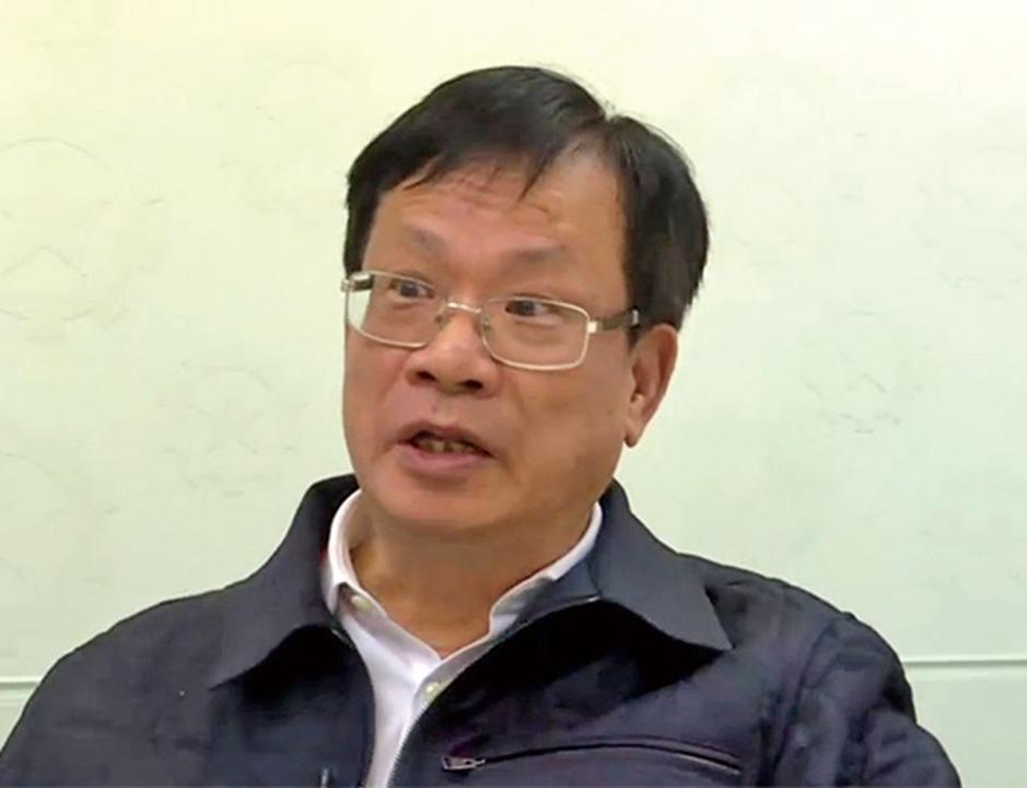 建議香港從小推行愛國教育