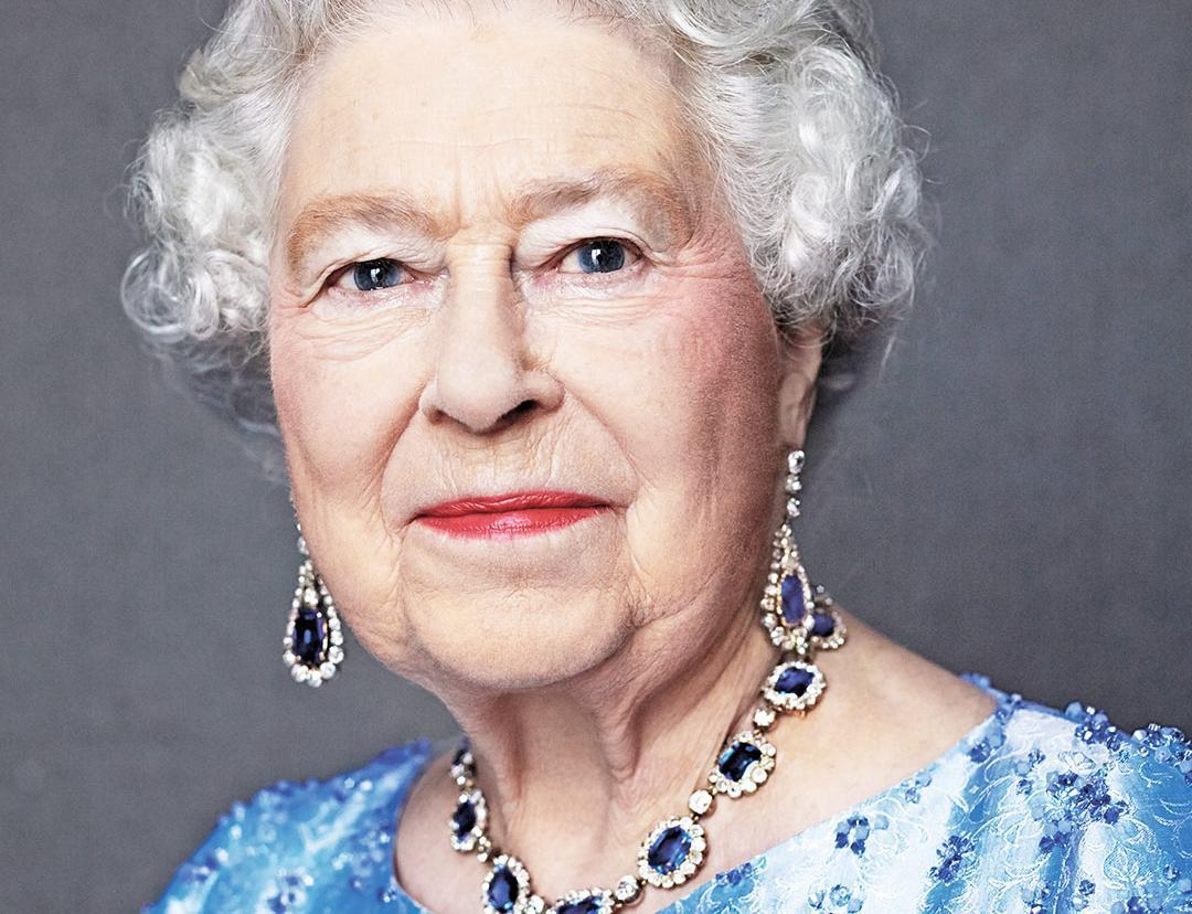 晒閃爆藍寶石鑽飾