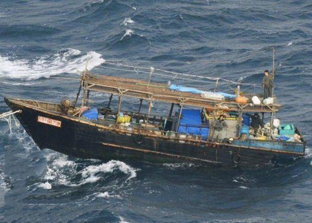 日警拘三名朝鮮船員