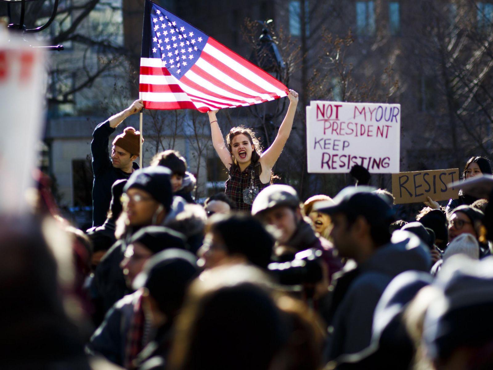 兩萬字揭露美國侵犯人權狀況