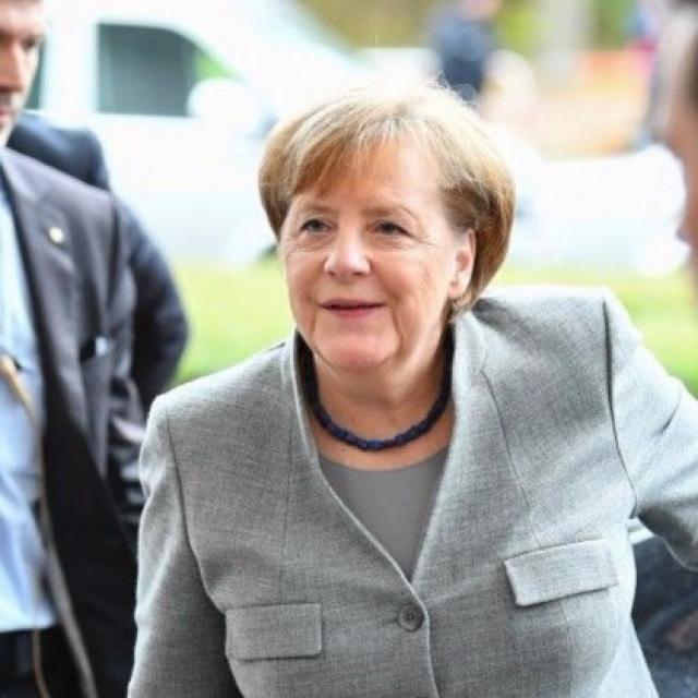 默克爾承諾盡力令德國脫困