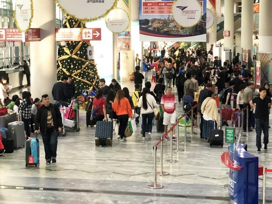 去年旅客量突破716萬人次