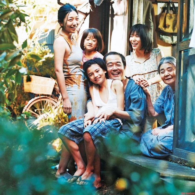 《小偷家族》狂收17億日圓