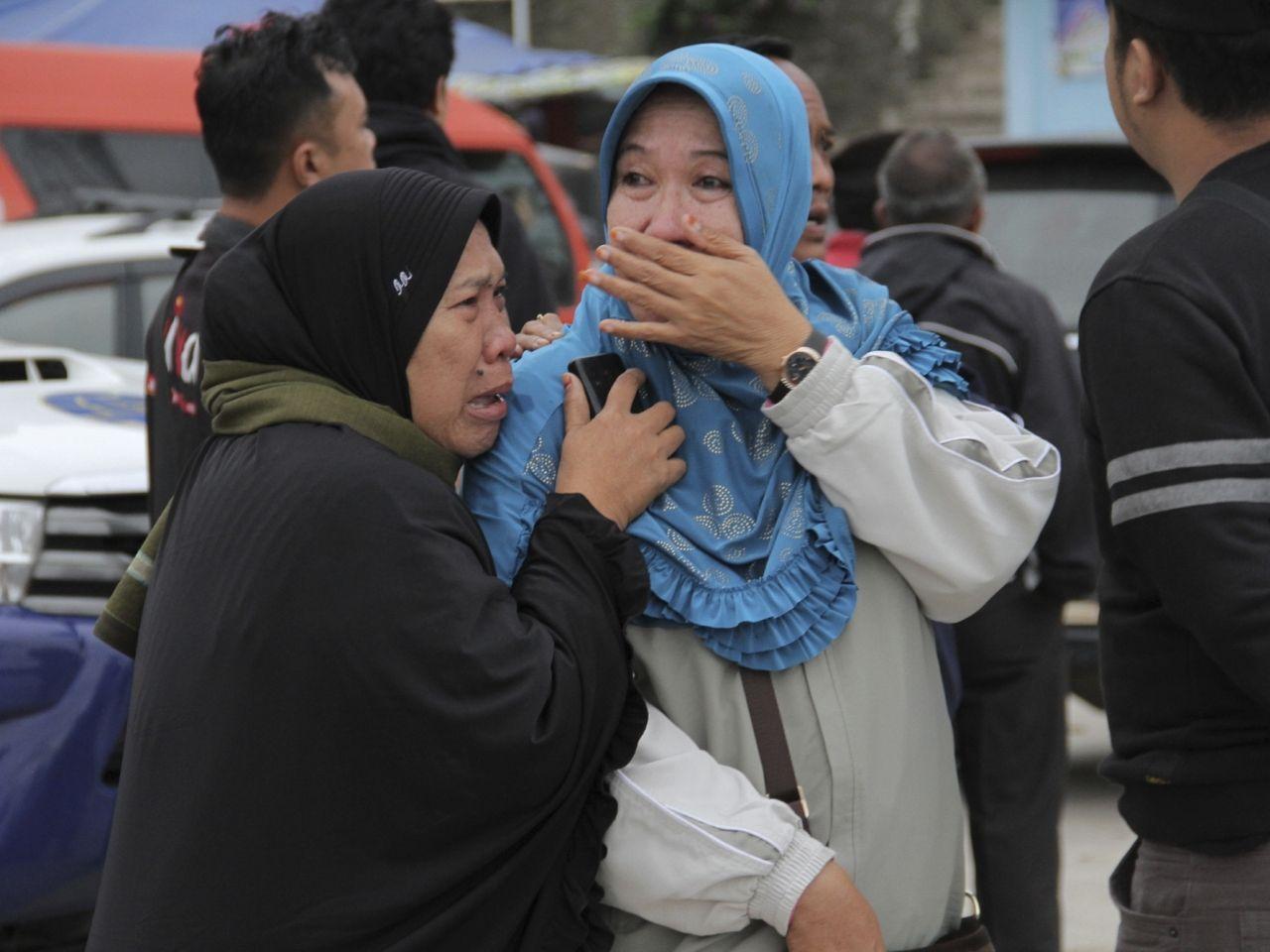 印尼沉船事故增至180人失蹤
