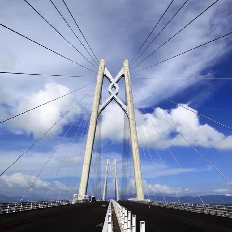 港珠澳大橋主體工程 明日交付驗收