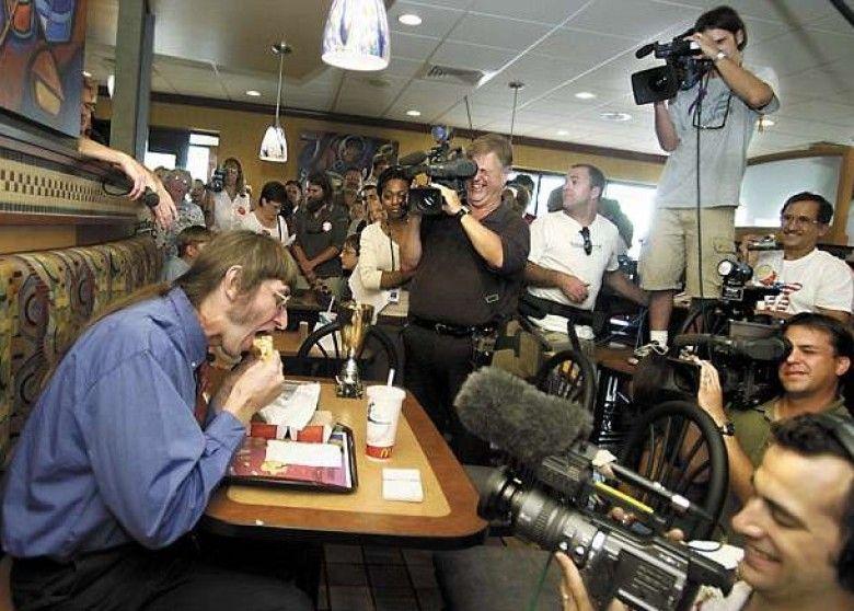 美漢呑下人生第30,000個漢堡包