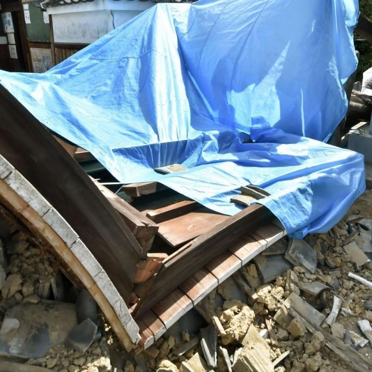 大阪地震增至四死逾370人傷