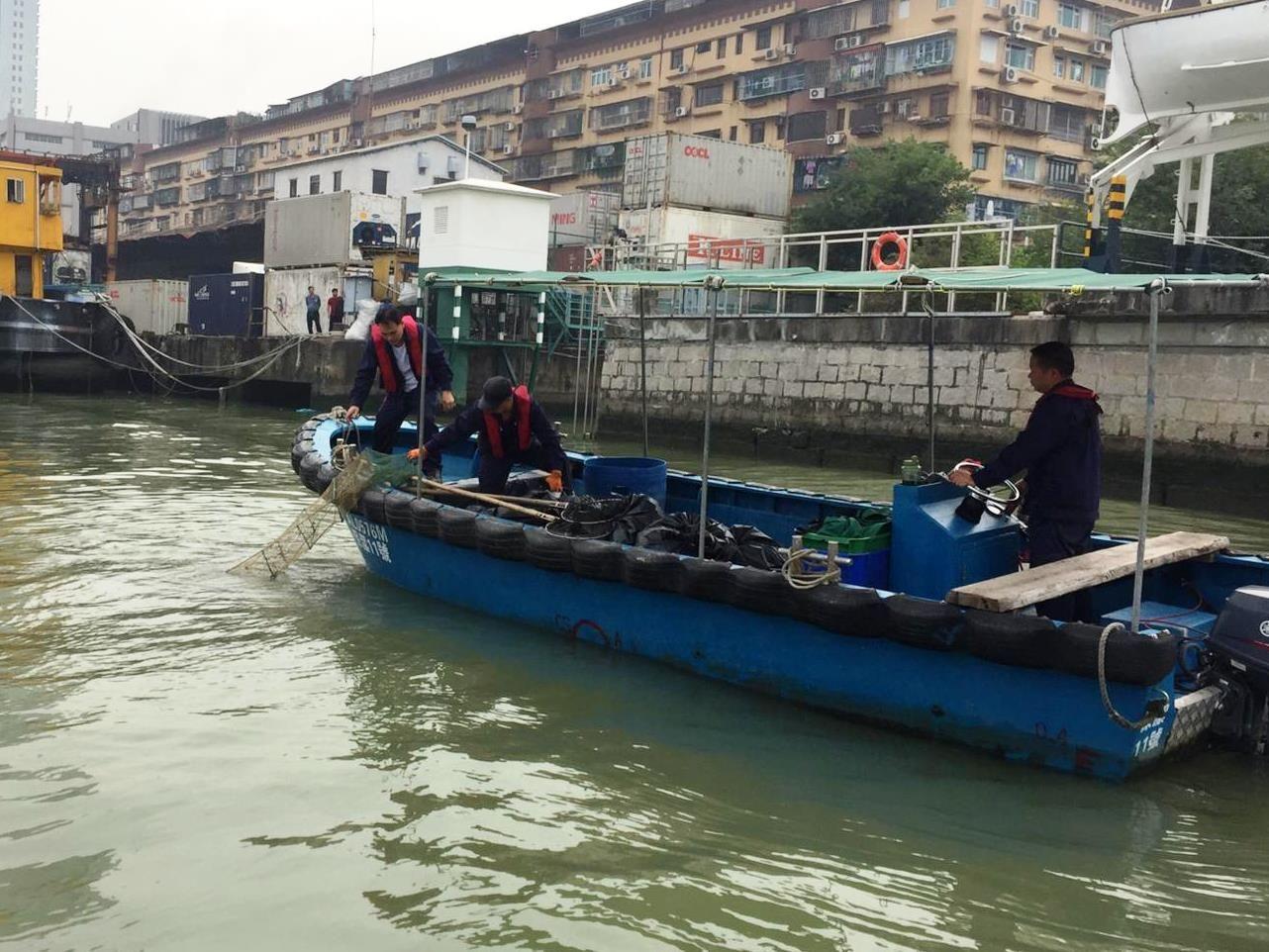 海事局迅速清理保障航行安全